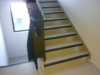Habillage escalier (linoléum)