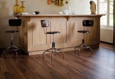 parquet massif noyer coffee